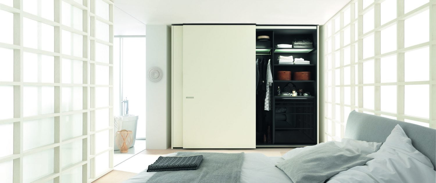 schlafen uhl city of innovative living. Black Bedroom Furniture Sets. Home Design Ideas